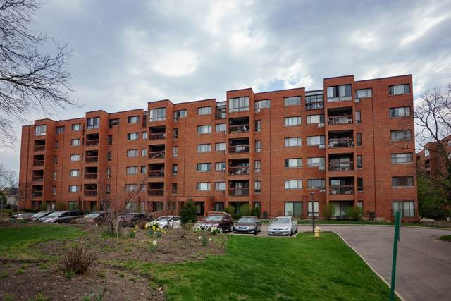 3801 Appian Way #210, Glenview, IL 60025 (MLS #11054020) :: Helen Oliveri Real Estate