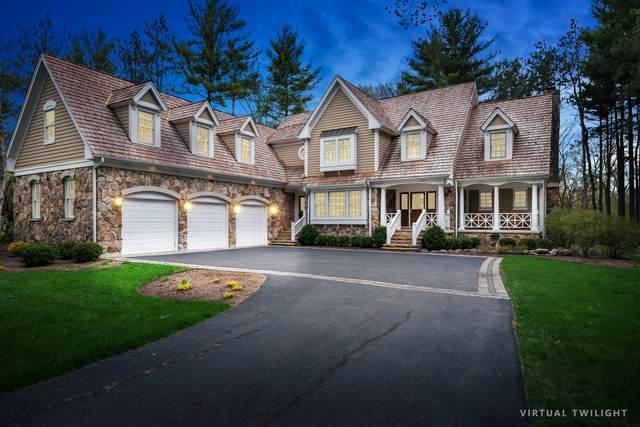 35 Deverell Drive, North Barrington, IL 60010 (MLS #11054346) :: Helen Oliveri Real Estate
