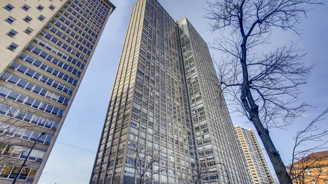 655 W Irving Park Road B19, Chicago, IL 60613 (MLS #11054642) :: Touchstone Group