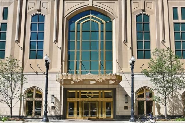 21 E Huron Street #3901, Chicago, IL 60611 (MLS #11054797) :: The Dena Furlow Team - Keller Williams Realty