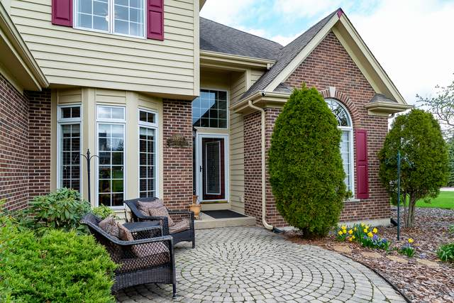 2003 Black Oak Drive, Mchenry, IL 60050 (MLS #11056163) :: Littlefield Group
