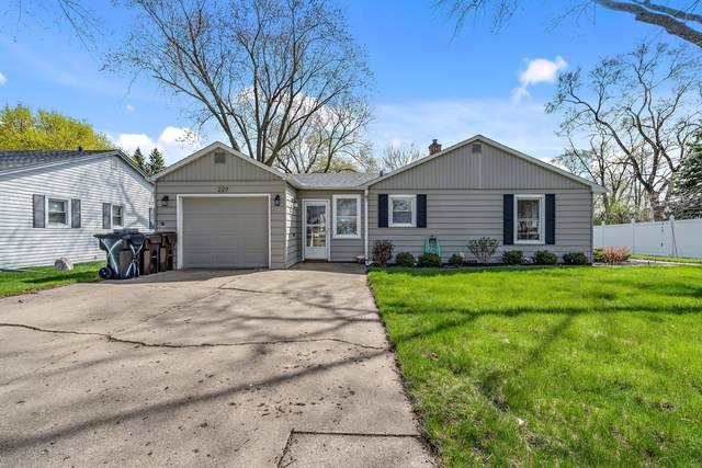 227 S Walkup Avenue, Crystal Lake, IL 60014 (MLS #11056187) :: RE/MAX IMPACT