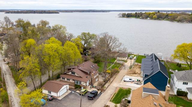 1 Lakeside Lane, Fox Lake, IL 60020 (MLS #11056220) :: BN Homes Group