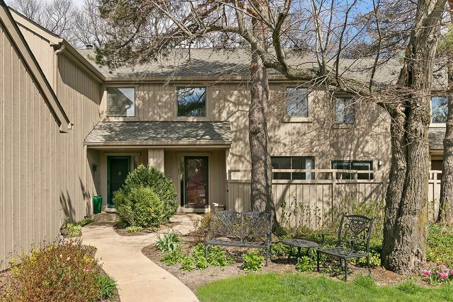 86 Hunt Trail, Lake Barrington, IL 60010 (MLS #11056235) :: BN Homes Group