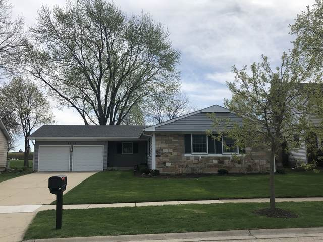 1119 Whitehall Drive, Buffalo Grove, IL 60089 (MLS #11056601) :: Helen Oliveri Real Estate
