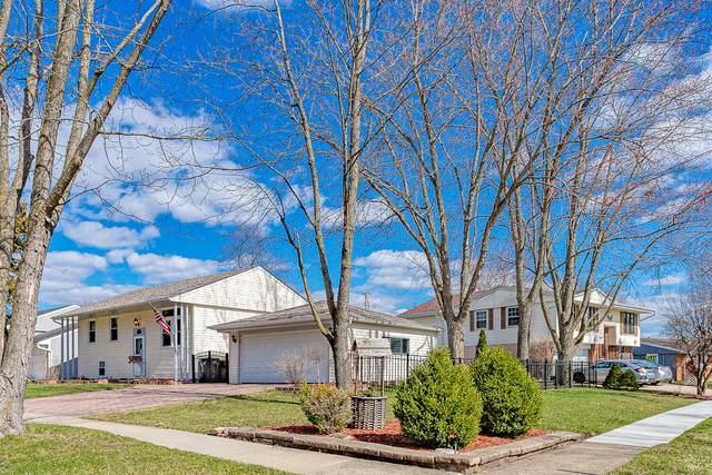 305 Hillside Drive, Streamwood, IL 60107 (MLS #11056893) :: Suburban Life Realty