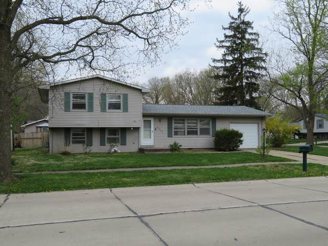 2007 Winchester Drive, Champaign, IL 61821 (MLS #11057507) :: The Spaniak Team