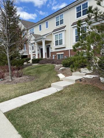 1957 Potomac Court #1, Wheeling, IL 60090 (MLS #11057678) :: Janet Jurich