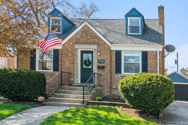 1206 E Evergreen Street, Wheaton, IL 60187 (MLS #11058043) :: Ani Real Estate