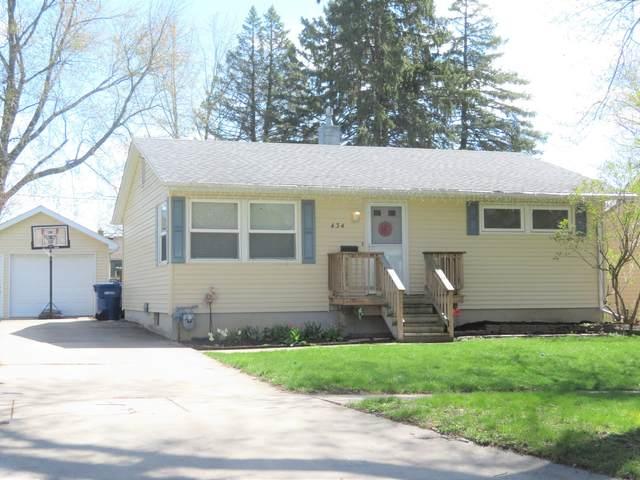 434 S 11th Street, Dekalb, IL 60115 (MLS #11058044) :: BN Homes Group