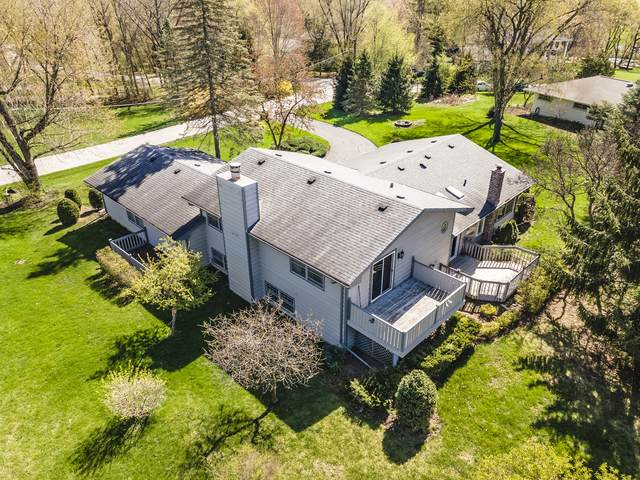 200 Tomahawk Lane, Tower Lakes, IL 60010 (MLS #11058607) :: Helen Oliveri Real Estate