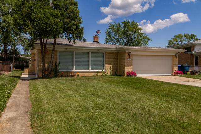 2530 Linda Court, Glenview, IL 60025 (MLS #11059008) :: Helen Oliveri Real Estate