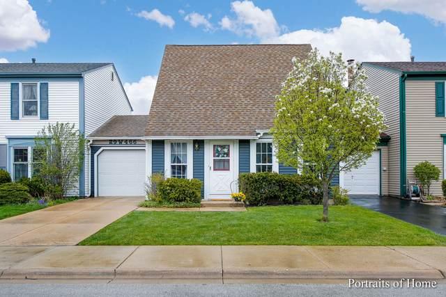 29W466 Hawthorne Lane, Warrenville, IL 60555 (MLS #11059279) :: Helen Oliveri Real Estate