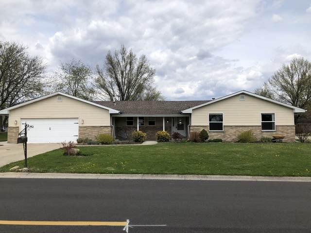 900 Charles Street, Morris, IL 60450 (MLS #11059390) :: The Dena Furlow Team - Keller Williams Realty