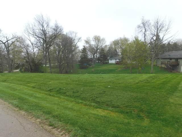 326 Maryann Drive, Lake Holiday, IL 60552 (MLS #11059818) :: BN Homes Group