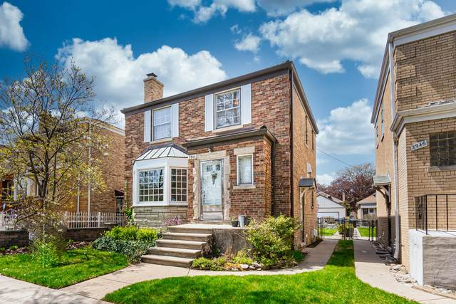 2944 N Mont Clare Avenue, Chicago, IL 60634 (MLS #11060363) :: Littlefield Group