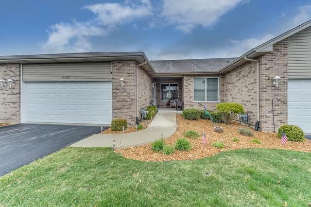 19205 104th Avenue, Mokena, IL 60448 (MLS #11060674) :: Ryan Dallas Real Estate