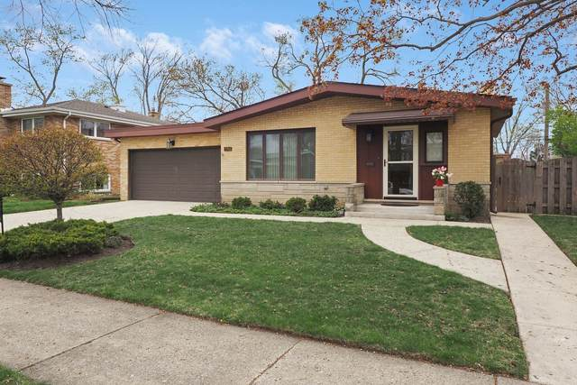 7746 Churchill Street, Morton Grove, IL 60053 (MLS #11060678) :: RE/MAX IMPACT
