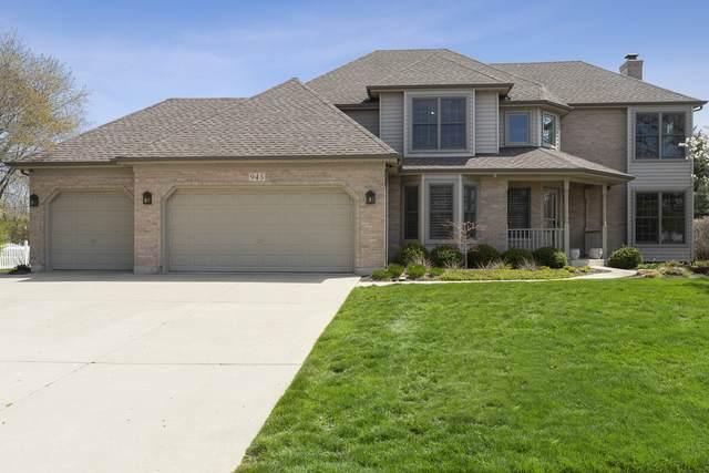 945 Ridgelawn Trail, Batavia, IL 60510 (MLS #11060740) :: Helen Oliveri Real Estate