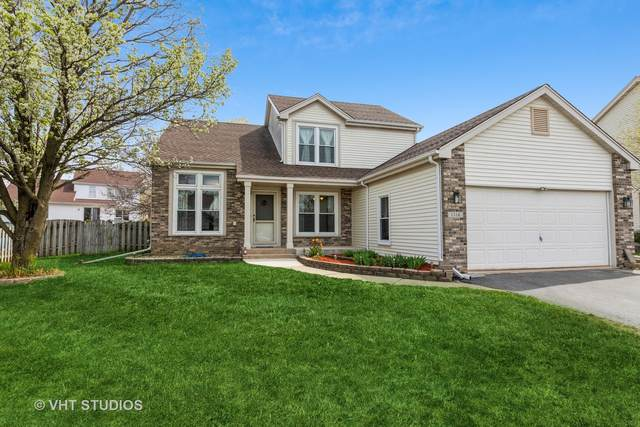 Belvidere, IL 61008 :: Carolyn and Hillary Homes