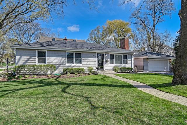 819 W 8th Street, Hinsdale, IL 60521 (MLS #11061420) :: The Perotti Group