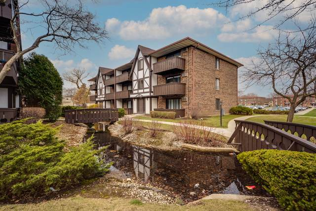 1000 Centurion Lane #4, Vernon Hills, IL 60061 (MLS #11061456) :: Littlefield Group