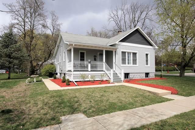 423 E Front Street, Gilman, IL 60938 (MLS #11061750) :: Littlefield Group