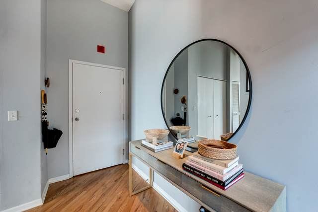 1400 N Milwaukee Avenue #202, Chicago, IL 60622 (MLS #11061843) :: Jacqui Miller Homes