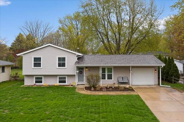 107 Augusta Road, Oswego, IL 60543 (MLS #11061967) :: Helen Oliveri Real Estate