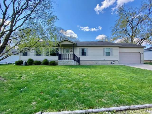114 E Aerl Street, Pontiac, IL 61764 (MLS #11062642) :: Helen Oliveri Real Estate