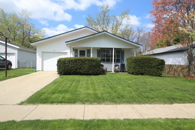 1404 Ridgeport Avenue, Bloomington, IL 61704 (MLS #11063093) :: Carolyn and Hillary Homes
