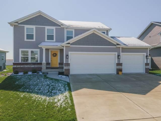 1110 Staghorne Way, Bloomington, IL 61705 (MLS #11063303) :: Helen Oliveri Real Estate
