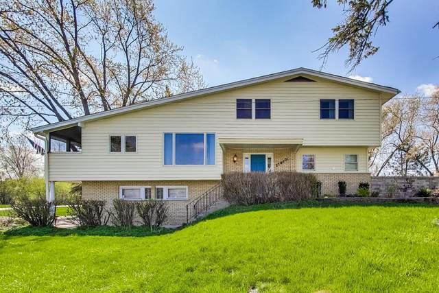 27W501 Williams Street, Winfield, IL 60190 (MLS #11064346) :: Helen Oliveri Real Estate