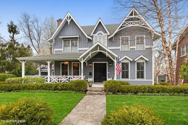340 E Scranton Avenue, Lake Bluff, IL 60044 (MLS #11064397) :: Helen Oliveri Real Estate