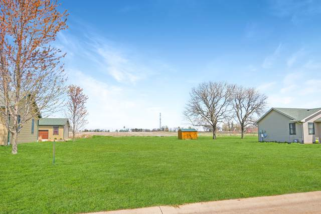 Lot #13 Fox Run Court, LEROY, IL 61752 (MLS #11064981) :: Janet Jurich