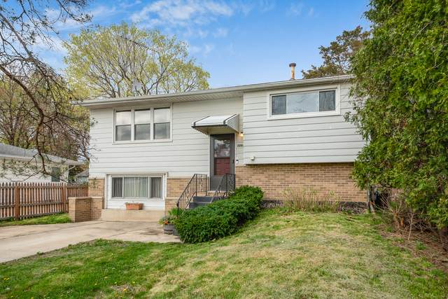 2206 Plainfield Road, Crest Hill, IL 60403 (MLS #11065197) :: Helen Oliveri Real Estate