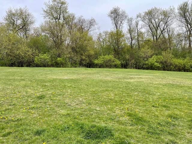 3734 Thunderbird Lane, Prairie Grove, IL 60012 (MLS #11065674) :: O'Neil Property Group