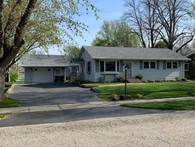307 E Fox Road, Yorkville, IL 60560 (MLS #11067076) :: Carolyn and Hillary Homes