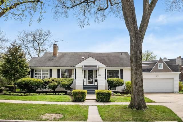 256 E Niagara Avenue, Elmhurst, IL 60126 (MLS #11068063) :: BN Homes Group