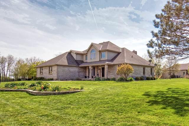 9486 Deer Ridge Drive, Bloomington, IL 61705 (MLS #11068123) :: Helen Oliveri Real Estate