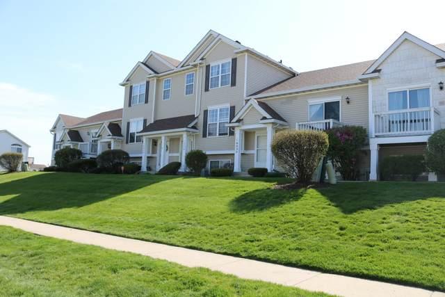 1605 Fieldstone Drive N, Shorewood, IL 60404 (MLS #11068860) :: Helen Oliveri Real Estate