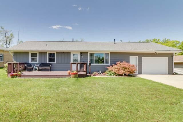 3 Cottonwood Street, Bloomington, IL 61701 (MLS #11068965) :: Helen Oliveri Real Estate