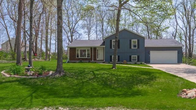 117 Gregory Lane, Lexington, IL 61753 (MLS #11069383) :: Helen Oliveri Real Estate