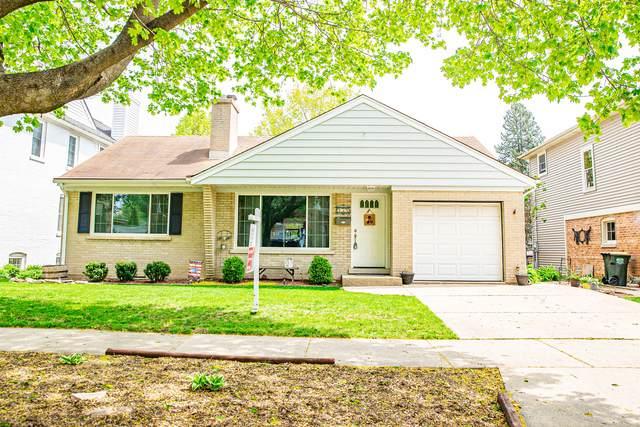 939 N Harvard Avenue, Arlington Heights, IL 60004 (MLS #11069410) :: BN Homes Group
