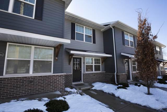 308 W Walnut Street #308, Lexington, IL 61753 (MLS #11070030) :: Janet Jurich