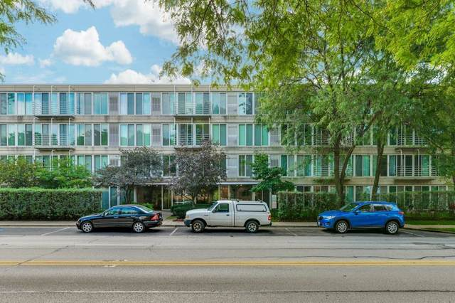 2555 Gross Point Road #109, Evanston, IL 60201 (MLS #11070037) :: Littlefield Group