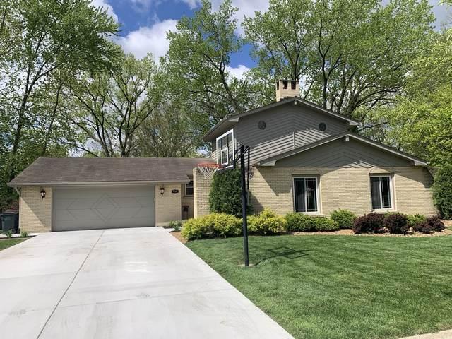 716 Tanglewood Lane, Frankfort, IL 60423 (MLS #11070949) :: Helen Oliveri Real Estate