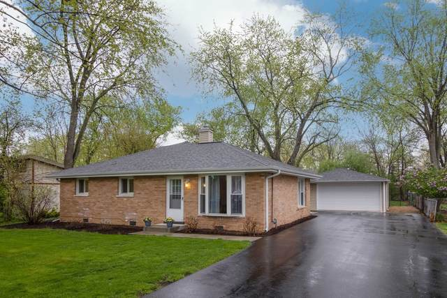 7601 Eleanor Place, Willowbrook, IL 60527 (MLS #11070954) :: Helen Oliveri Real Estate