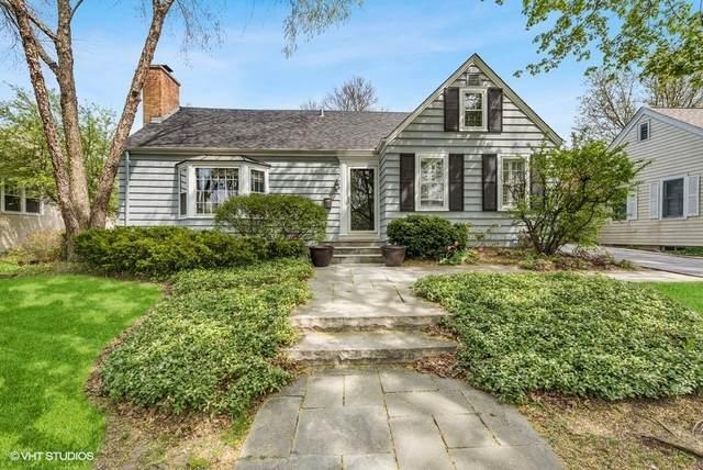 611 Division Street, Barrington, IL 60010 (MLS #11070968) :: Helen Oliveri Real Estate