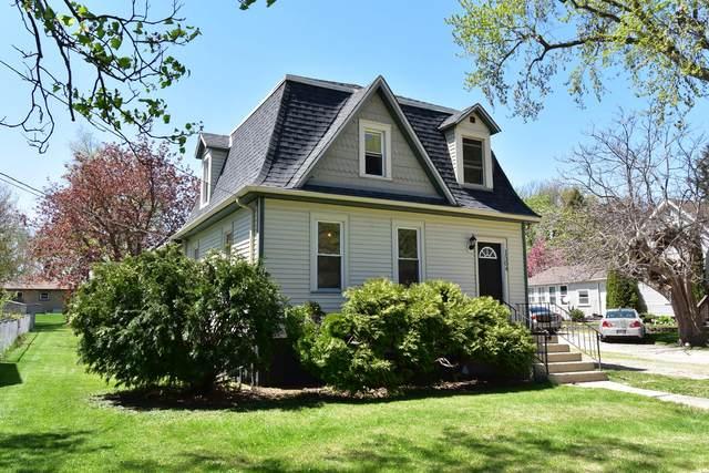 1504 Illinois Avenue, Mendota, IL 61342 (MLS #11072123) :: Helen Oliveri Real Estate